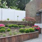 Jardin aménagé en bacs Azobé réalisés par nos soins