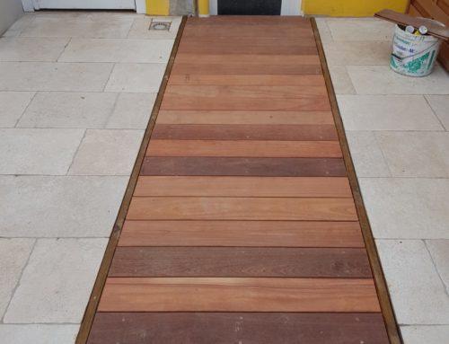 Aménagement d'une trappe en bois exotique type Cumaru